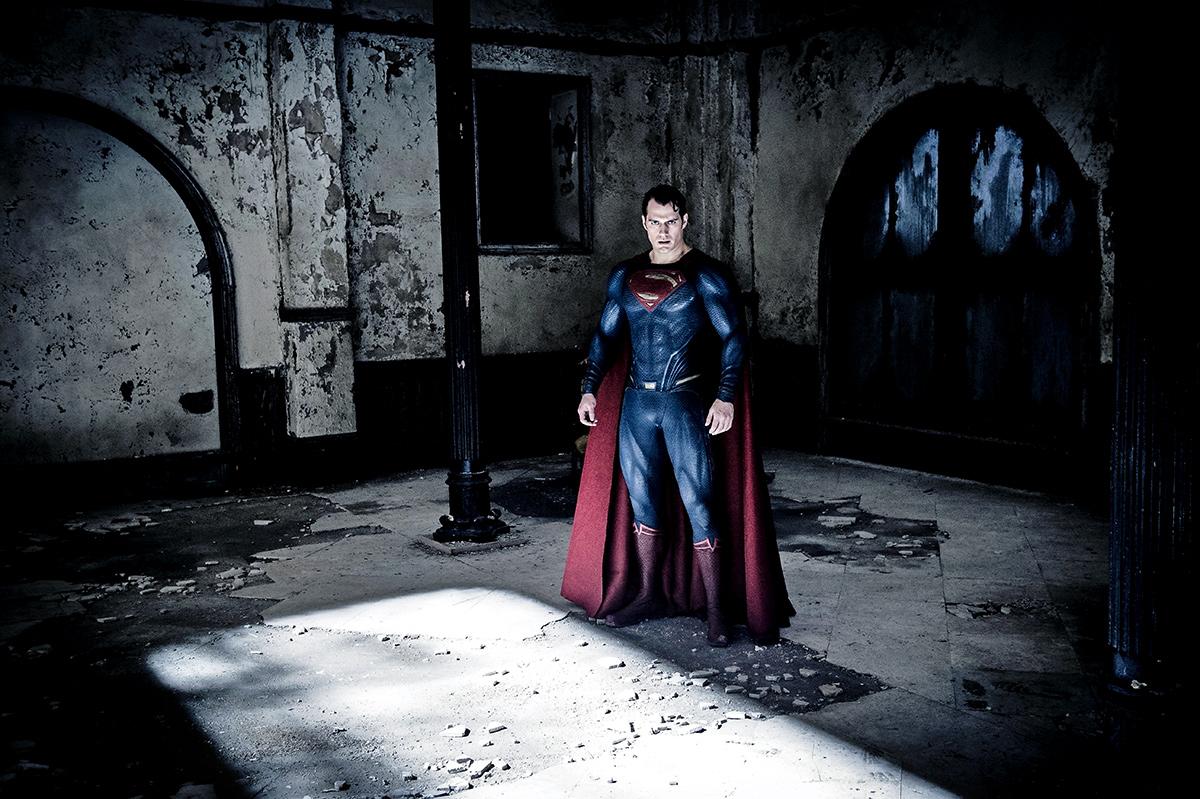 Batman V Superman Dawn Of Justice Ben Affleck henry cavill bruce wayne clark kent empire covers magazine trailer comic con comicon